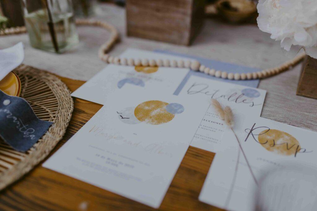 Invitaciones de boda Acuarela Azul y Amarillo